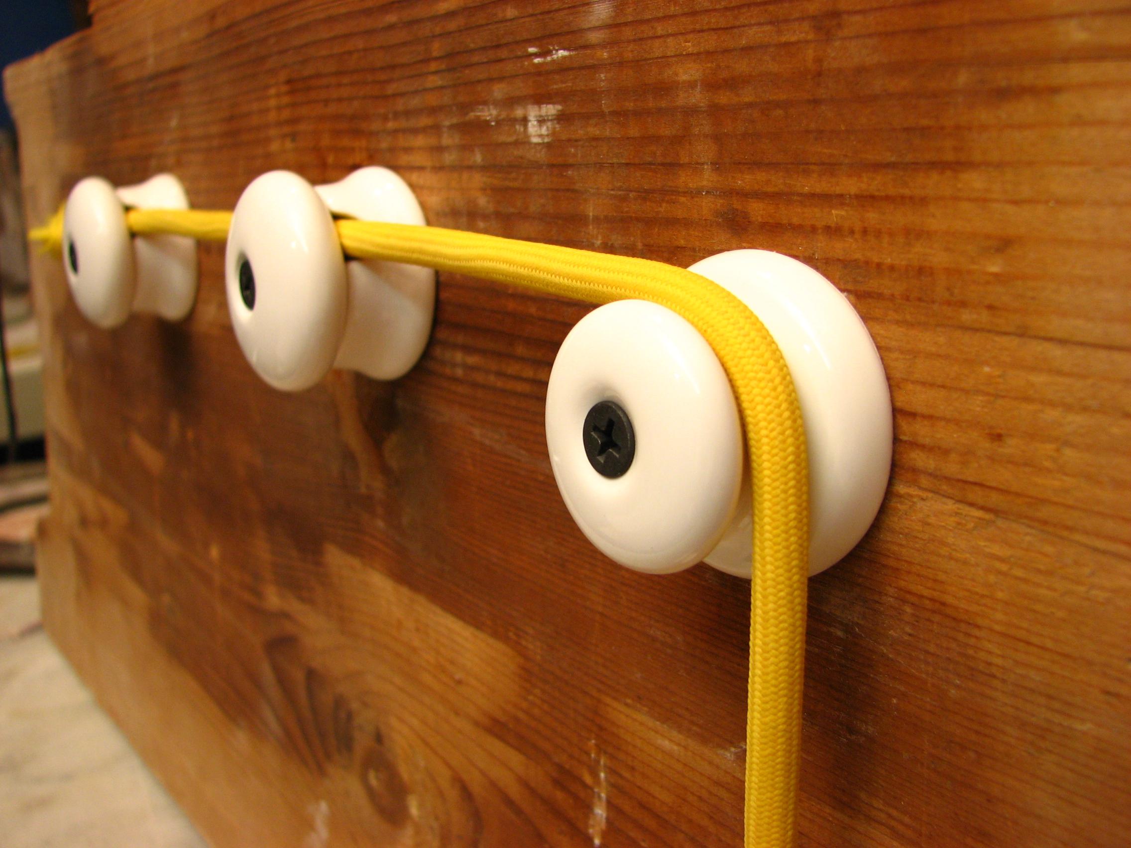 Design Kabelhalter Aus Porzellan Klein Und Sehr Fein Blog