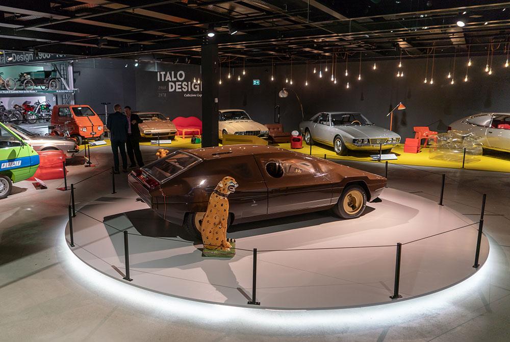 Accende ist Beleuchtungspartner der Ausstellung «Italo Design 1968−1978» im Verkehrshaus Luzern