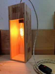 DIY / Upcycling Neuauflage: Weinkistenlampe