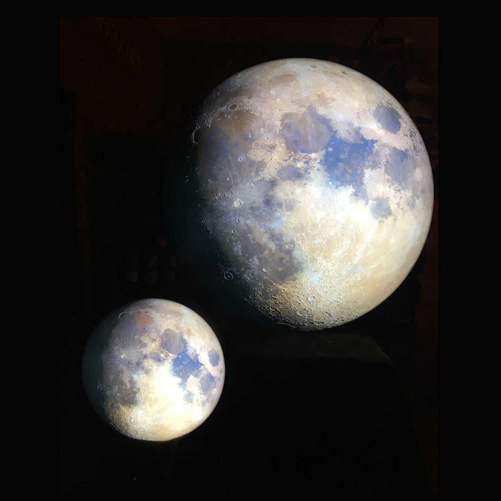 Mondlampe gross und klein, hängend