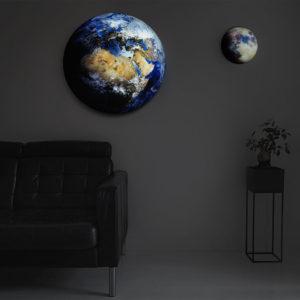 Lampe Erde / blauer Planet gross, Mondlampe klein, hängend